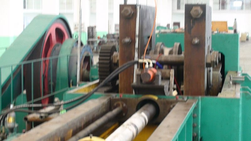 5 Roller Carbon Steel Cold Rolling Mill Machinery For Making Seamless Tube